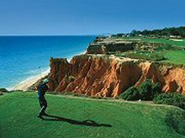 Enjoy the comfortable villas, laze by the pool, on the beach with the family or playing golf nearby. Algarve Family Villas - your choice for privately owned villas ideally suited for family and golfing holidays in the Algarve, Portugal